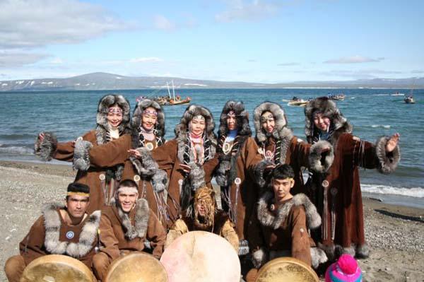 Чукотско-эскимосский ансамбль песни и танца «Эргырон»