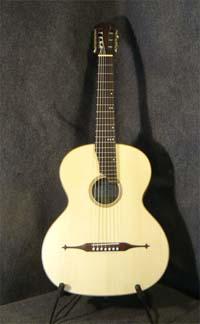 классическая семиструнная гитара образца XIX века