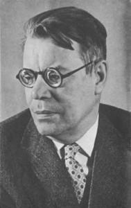 советский поэт Михаил Васильевич Исаковский